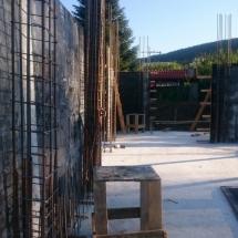 Бриз, Варна, Изграждане на колони и шайби на къщи тип 1 и 2