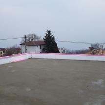 Замазка на покрива върху 15 см. ХPS