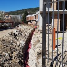Полагане на електрическо захранване на жилищен комплекс Четири къщи, Бриз Варна