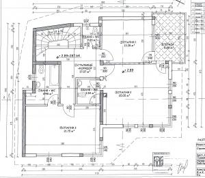 втори етаж, три спални, три санитарни възела